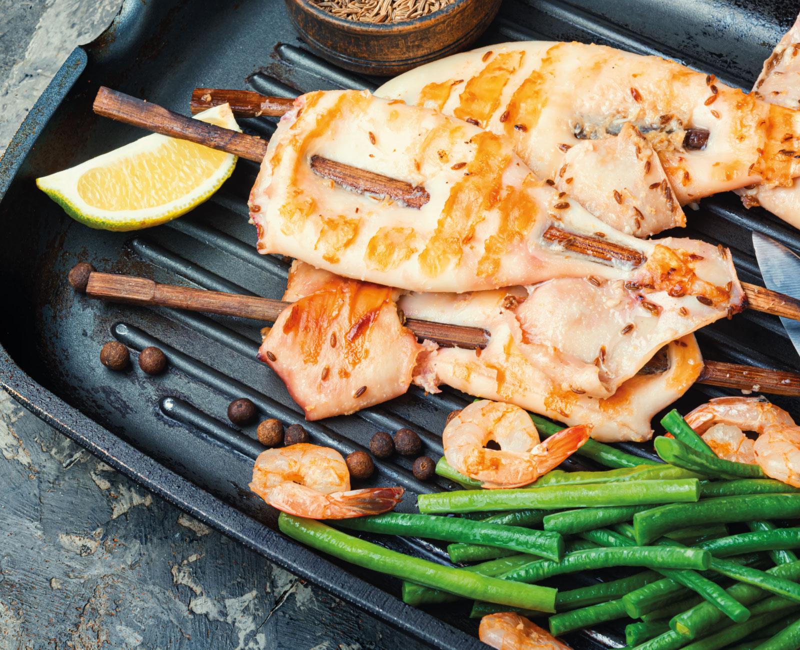 Choco a la plancha con verduras al horno y vinagreta